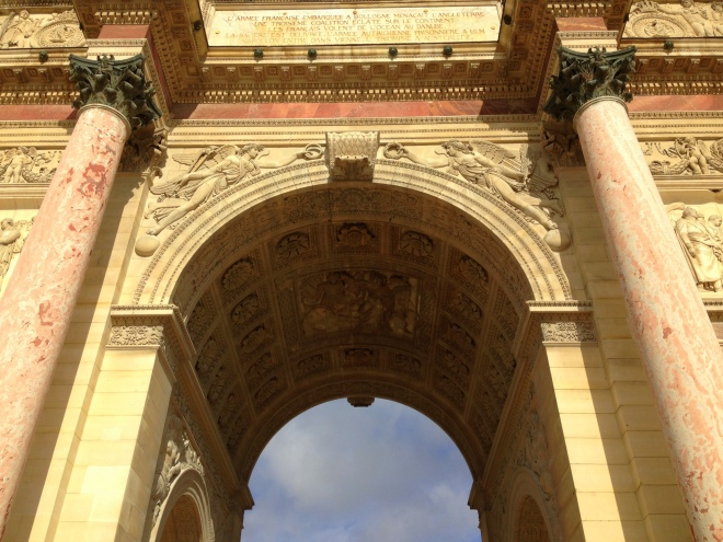 L'arc de triomphe du Carrousel, on the grounds of the Louvre. This is where we ran into the most potential pickpockets.