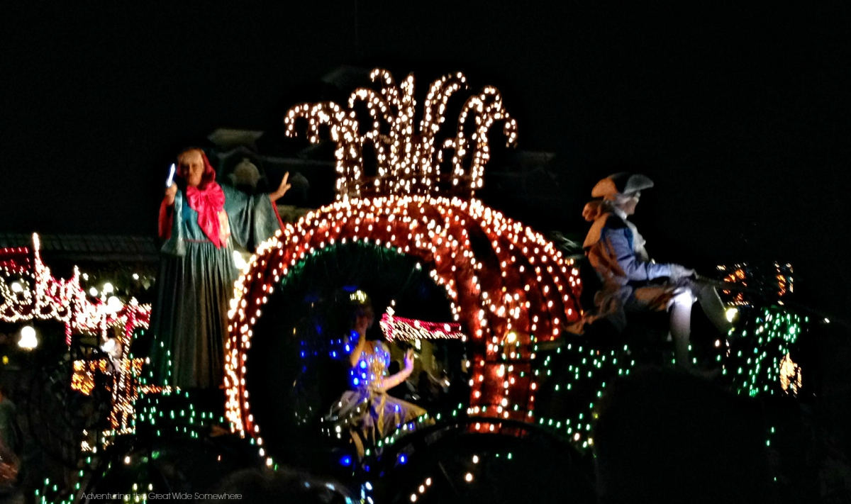 Cinderella's Carriage in the Main Street Electrical Parade Orlando