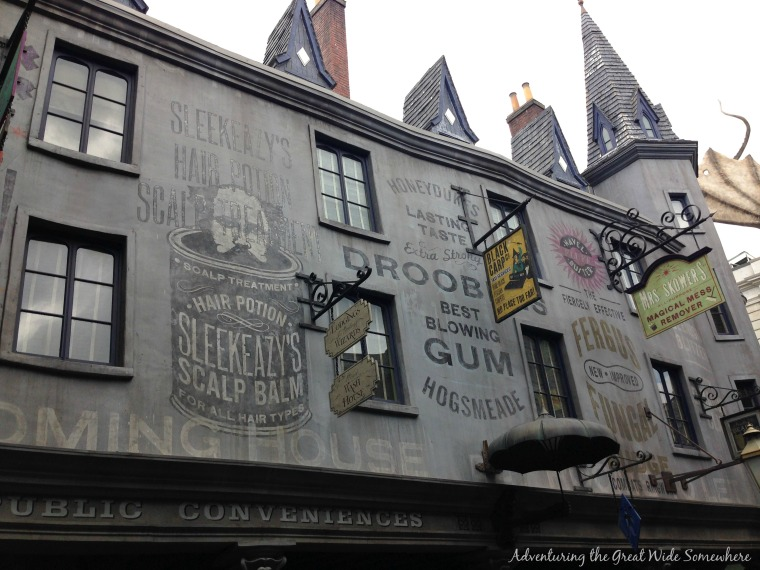 Diagon Alley Advertisement for Sleekeazy, Drooble's Best Blowing Gum, and More.jpg