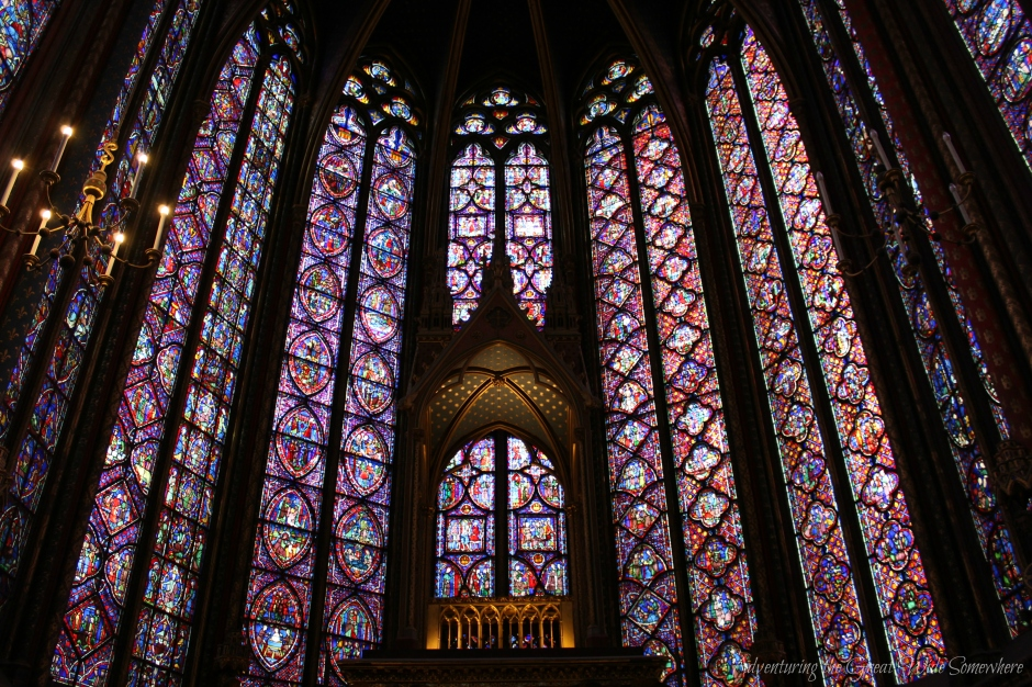 the-stunning-stained-glass-interiors-of-sainte-chapelle